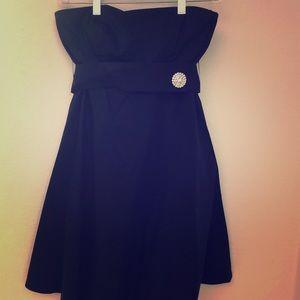 GAP Strapless Cocktail Dress, Flared Skirt, Sz 0
